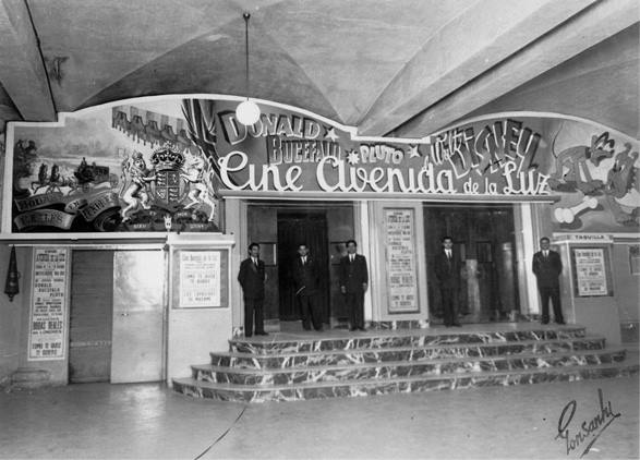 Cine Avenida de la Luz