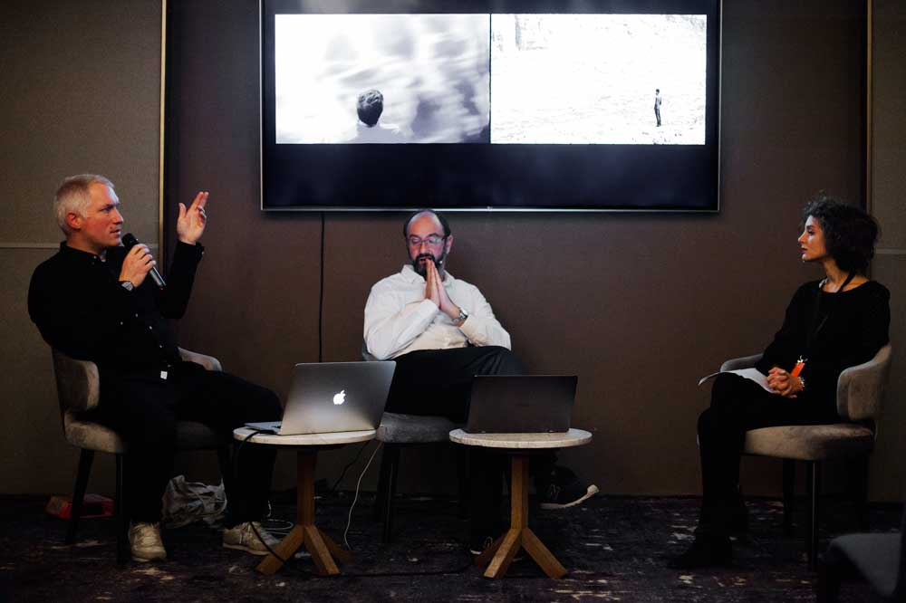 LOOP Talks 2019: 'Moving Images, Moving Borders'
